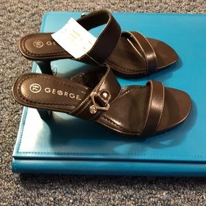 BNIB George Sandals Size 7.5 Brown